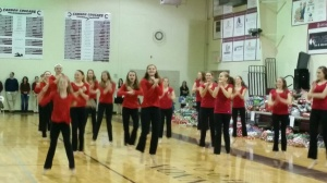 Wrap in dancers brought Holiday Cheer!