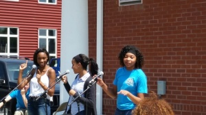 Divas during concert in the quad.